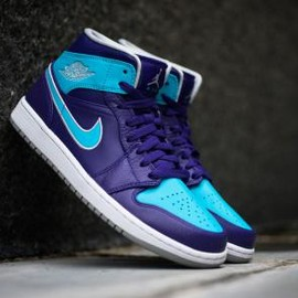 Nike - NIKE AIR JORDAN 1 MID COURT PURPLE/METALLIC PLATINUM-GAMMA BLUE