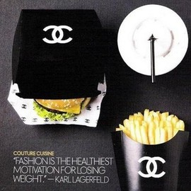 CHANEL - Hamburger meal