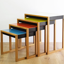 Vitra - Nesting Table by Josef Albers