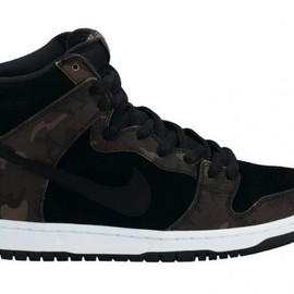 NIKE SB - Nike SB Dunk High 'Black/Camo'