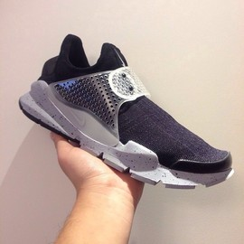 Nike, fragment design - SOCK DART SP OREO