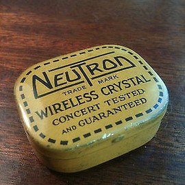 NEUTRON Wireless Crystal - VINTAGE CRYSTAL RADIO