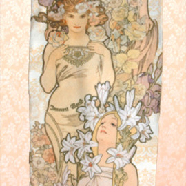 Innocent World - Mucha Tights