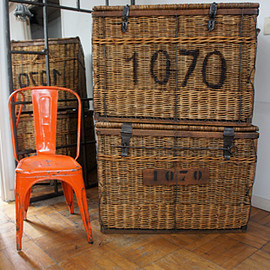 WICKER TRUNK