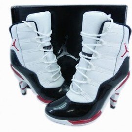 nike - women's jordan xi heels white black varsity red