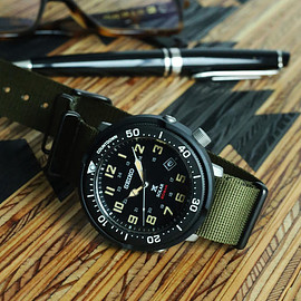 SEIKO, Lowercase, Journal Standard - Prospex Fieldmaster (SBDJ033) - Black/Olive