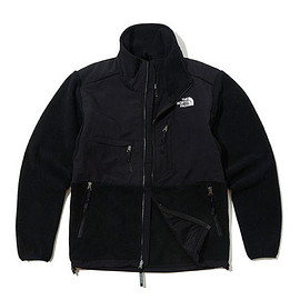 THE NORTH FACE - '95 Retro Denali Jacket - TNF Black