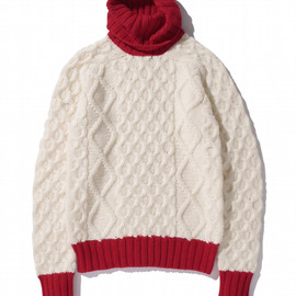 SWAGGER - TURTLE NECK SWEATER