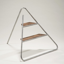 Design by Jeeyoung Yang - Triangle Step Ladder by Jeeyoung Yang