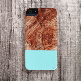 Bycsera - chic iPhone case