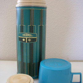 Thermos - Turquoise blue bottle