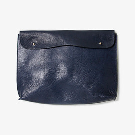 PULL UP LEATHER CLUTCH CASE