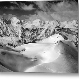 Fine Art America - Courchevel Metal Print By Graham Moore