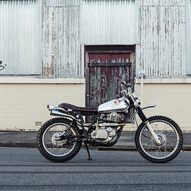 Yamaha - XT500 by Andy Rolfe