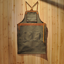 "Vanport Outfitters and Hand-Eye  - Vanport Outfitters and Hand-Eye Supply's ""American Craftsman Apron"""