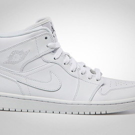 NIKE - AIR JORDAN 1 MID (White)