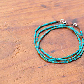 Margaret Solow - turquoise and copper beads bracelet