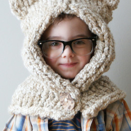 ErinBlacksDesigns - Knitting PATTERN - Chunky Kitty Hood