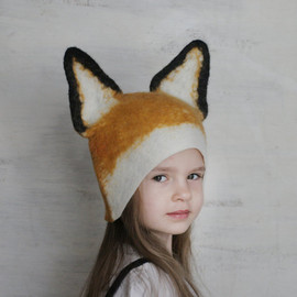 vaivanat - Fox Hat -- Hand Felted Wool -- Size Medium/Large