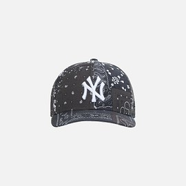 New Era, KITH - KITH FOR NEW ERA YANKEES DECONSTRUCTED BANDANA LOW PROFILE