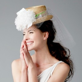 HAT - STRAW HAT WITH VEIL AND FLOWERS