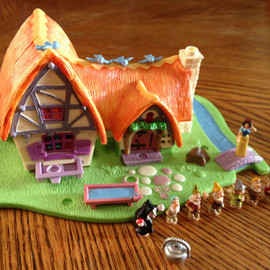 Polly Pocket - Snow White and Seven Dwarfs