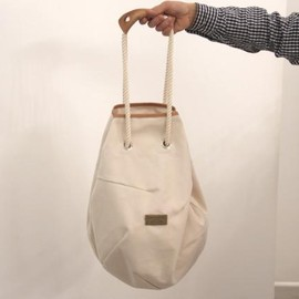 COSMIC WONDER Light Source  - SPHERICAL SHOULDER BAG