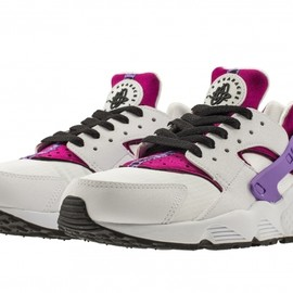 Nike - Air Huarache - White/Black/Bright Magenta