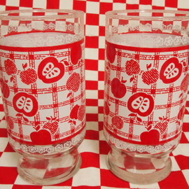 Fire King - Anchor Hocking Red Apple Tumbler (L)