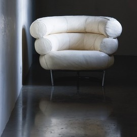 Eileen Gray - Bibendum Chair, White Canvas