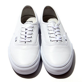 VANS - Vans Vault Authentic LX White