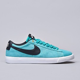 NIKE SB - Blazer Low GT - Light Retro / Black, White