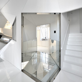 David Hotson Architect - Steel Mirror at Skyhouse, NY