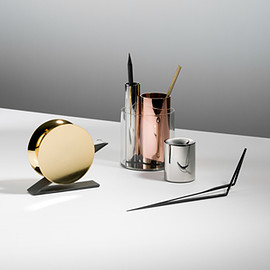 Beyond Object - Desktop Collection by Beyond Object