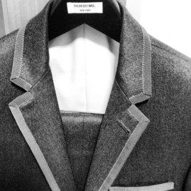 THOM BROWNE - cashmere gray suit with gray piping