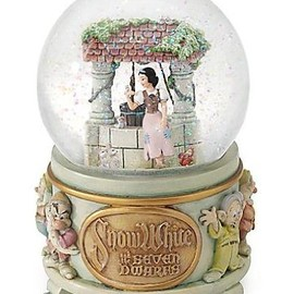 Disney Exclusive Snow White Wishing Well Snowglobe