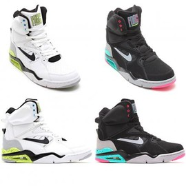 Nike - NIKE AIR COMMAND FORCE 2COLORS