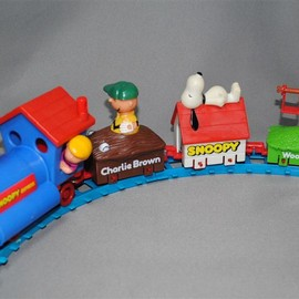 Aviva - Snoopy Train Set