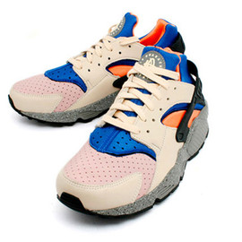 NIKE - Air Huarache ACG mowabb cream