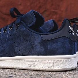 adidas originals - Stan Smith - Navy (Suede)/Black/Gold