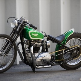 Triumph - Green G-Spot Customs Triumph Bikebolt