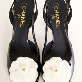 CHANEL - shoes.