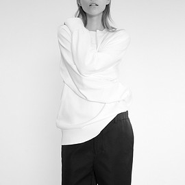house-commune - Dream oversized sweater / City shorts