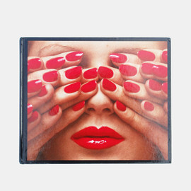 Guy Bourdin - Image of In Between        GUY BOURDIN
