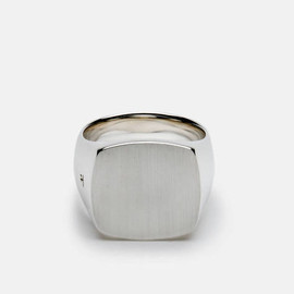 Tom Wood - Cushion Ring, Satin