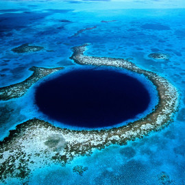 Belize   - Great Blue Hole