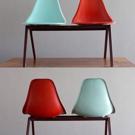 1950's Laundromat Shell Chairs in Turquoise & Red Fiberglass on Steel Tandem
