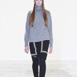 HYKE - Herrinbone turtle neck knit