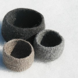Luulla - Felted bowls - Organic family - Grey and earth tones