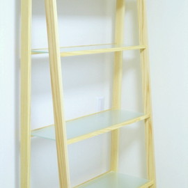 simple wood product - bookshelf